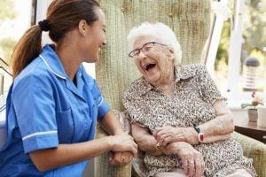 پرستار سالمند حرفه ای