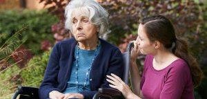 سالمند مبتلا به آلزایمر