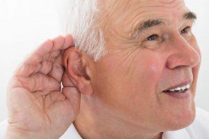 کاهش شنوایی در سالمند