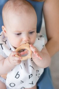 آلودگی در  پوسیدگی دندان کودک