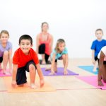 کلاس یوگا در کودکان