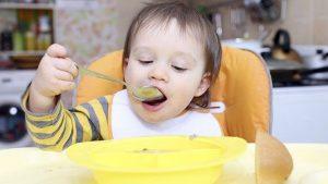 غذای جامد و کم غذایی در نوزادان