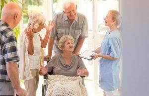 استخدام پرستار سالمند مطلوب