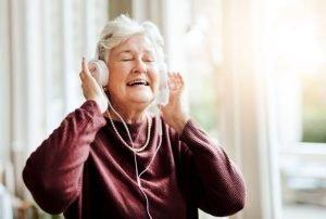 سالمند پرخاشگر و موسیقی