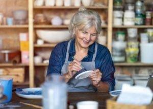 مزایای هنر درمانی در سالمندان