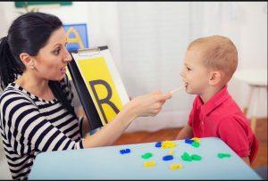 تاخیر گفتاری کلامی در کودکان