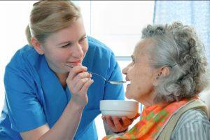 معایب لوله تغذیه در سالمندان