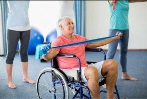 انواع  ورزش سالمند روی ویلچر
