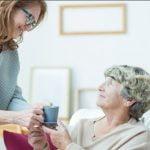 کمک به پذیرش پرستار سالمند