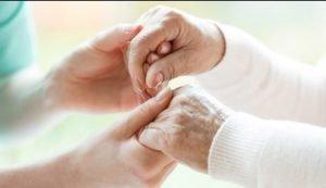 نکات مهم در پذیرش پرستار سالمند