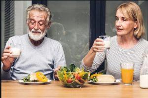 کاهش پرخوری در سالمندان