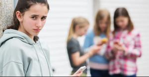 عوامل ایجاد کننده افسردگی نوجوانان
