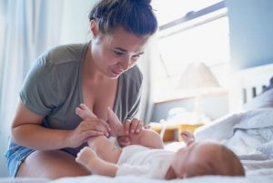 یبوست نوزاد و ورزش