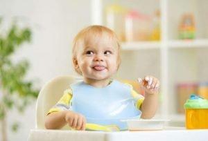 درمان امتناع کودک از غذا خوردن