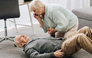 جتوگیری از زمین خوردن سالمندان