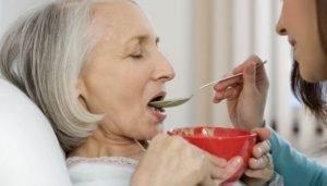 عوارض سوء تغذیه در سالمندان